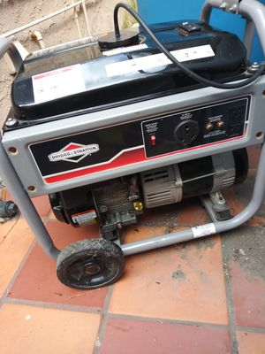 Gas generator great condition almost new for Sale in Los Angeles, CA