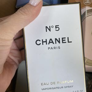 New CHANEL 5 Eimens Perfume 3.4 for Sale in San Antonio, TX