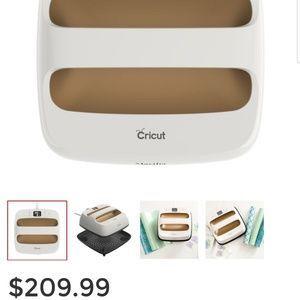 Cricut Easy Press (Martha Stewart Edition) for Sale in Lakeland, FL