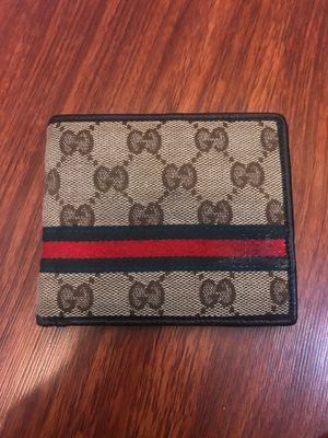 Gucci wallet 100% Athletic JUST THE WALLET for Sale in Modesto, CA