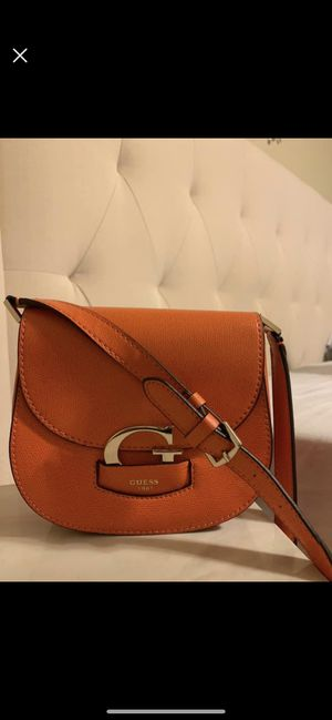 Guess crossbody for Sale in Crestview, FL