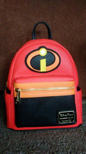 Disney loungefly backpack brand new for Sale in Norwalk, CA