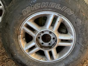 Ford Expedition original tires and rims for Sale in Portsmouth, VA