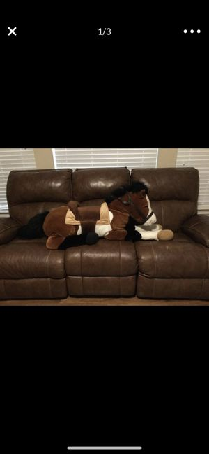 Oversized stuffed animal horse for Sale in Houston, TX