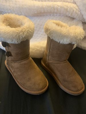 11y girls boot used in good condition for Sale in Highland, CA