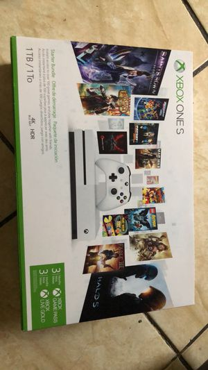 Xbox one s brand new inside the box come pick up only for Sale in Miami, FL