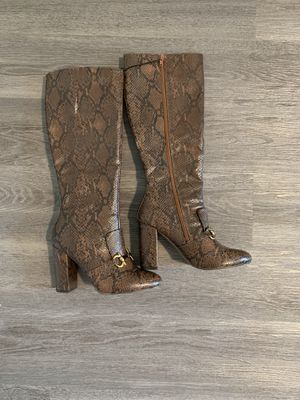 Kensie high snake print boots for Sale in Auburn, WA