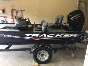 Tracker Pro 170 Bass Boat for Sale in San Antonio, TX