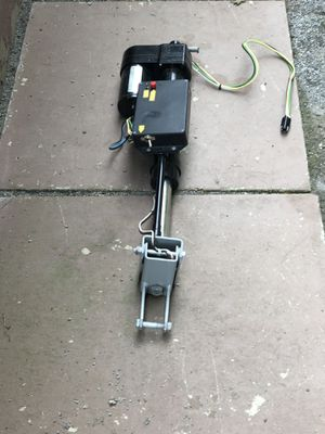 Tow Brake for Sale in Mount Clemens, MI