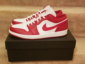 Size 12 Jordan Retro 1 low gym red white for Sale in Hyattsville, MD