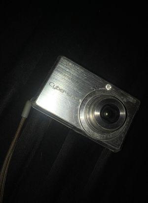 sony cybershot 7.2 hand-held digital camera for Sale in El Paso, TX