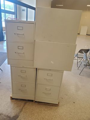 Hon 4 and 2 drawer filling cabinets.. for Sale in South Brunswick Township, NJ