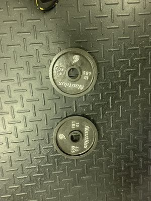 2 10lb cast iron weight plates. $40 for both. Cash and carry for Sale in Pompano Beach, FL