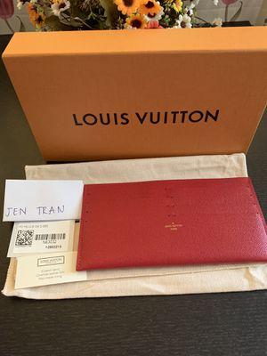 Authentic Louis Vuitton Felicie 8 slots card for Sale in Houston, TX