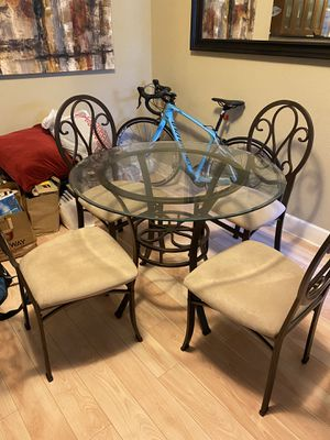 Small dining set for Sale in San Francisco, CA