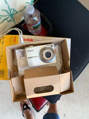 Kodak easy share camera for Sale in Upland, CA