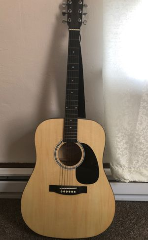 Guitar for Sale in Findlay, OH