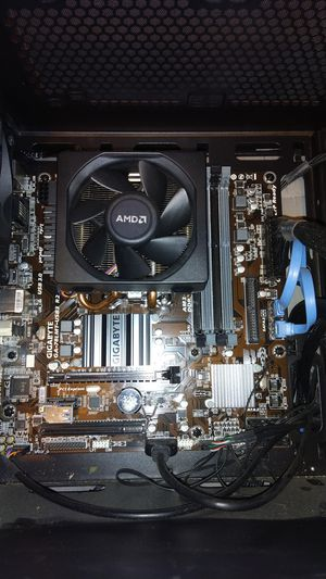 Gigabyte Ga-79LMT-USB3 motherboard for Sale in Charleston, WV