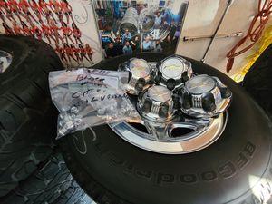 "Wheels and tires p 275/60r17"" 6 lug Silverado Tahoe Yukon suburban escalade avalanche gmc 6x5,5 or 6x139,7 for Sale in Riverside, CA"