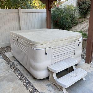 Free Hot Tub for Sale in Yorba Linda, CA