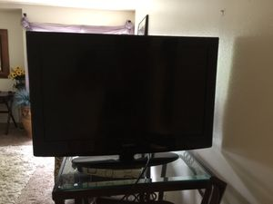 """32"""" Insignia tv/dvd combo for Sale in Seattle, WA"""