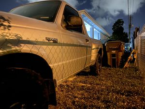 Ford Ranger XLT for Sale in Hialeah, FL