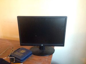 Computer monitor for Sale in Romulus, MI