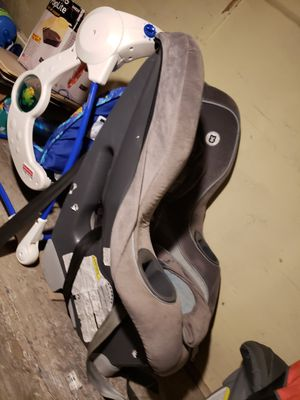 Car seat for Sale in Sioux Falls, SD