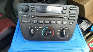 06 taurus radio and climate control for Sale in Abilene, TX