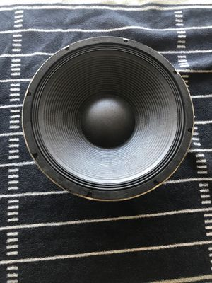 """Subwoofer 1200w 18"""" for Sale in Placentia, CA"""