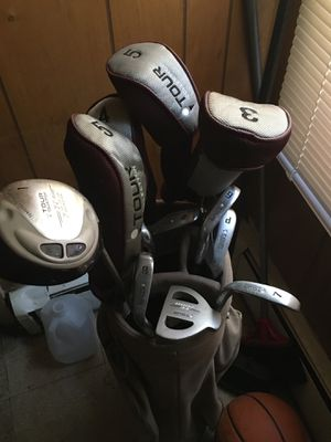 Tour collection gulf club set for Sale in Cranston, RI