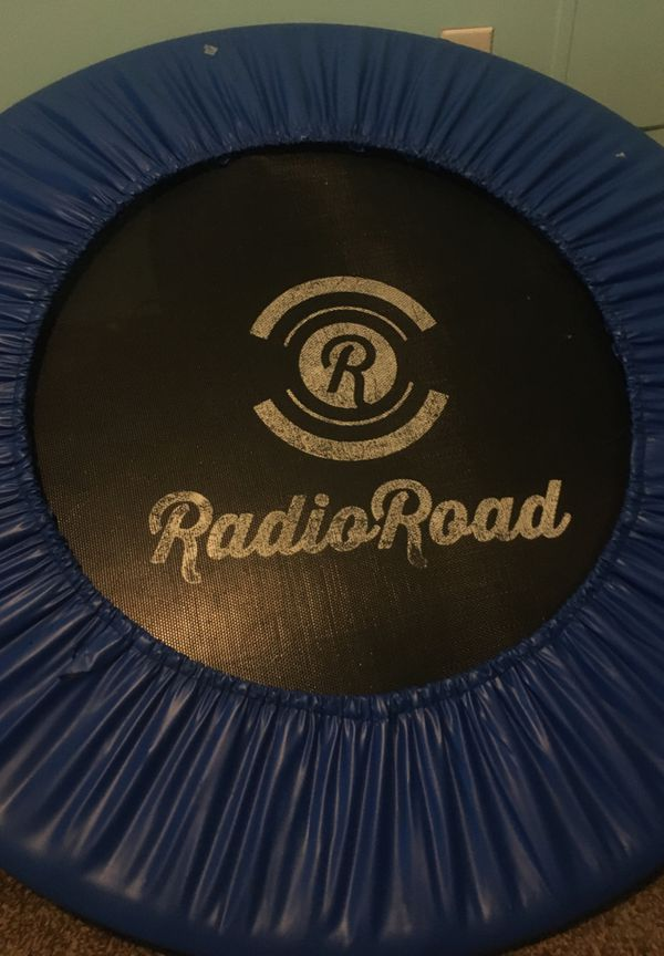 Radio road mini trampoline used but in great condition price can be adjusted