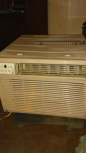 Window AC unit 15,000 btu for Sale in Las Vegas, NV