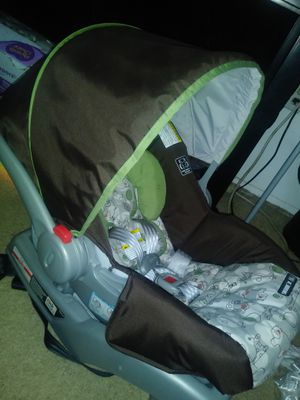 Carseat for Sale in Hyattsville, MD