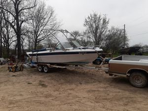 Ski boat with ski rail for sale or trade for Sale in Sullivan, MO
