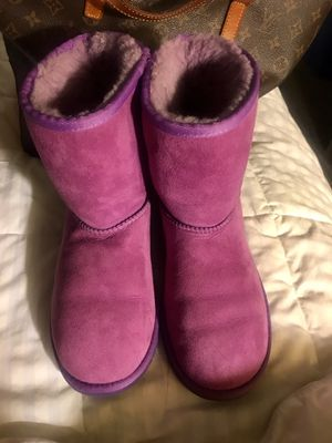 Uggs size 5 for Sale in North Wales, PA