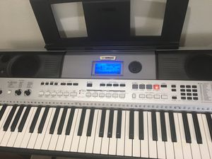 Yamaha PSR-I455 61- key keyboard for Sale in Redmond, WA