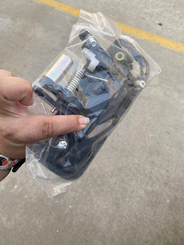 2000 Camry door handle