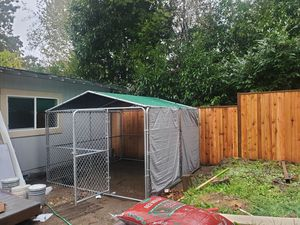 Dog kennel 10x10 for Sale in Lakewood, WA
