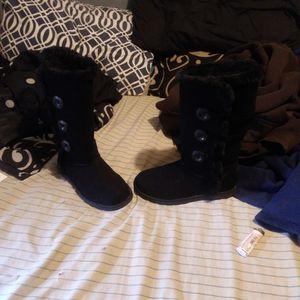 Women winter boots for Sale in La Vergne, TN