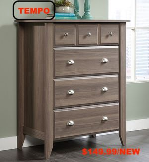 4 Drawer Chest, Diamond Ash for Sale in Downey, CA