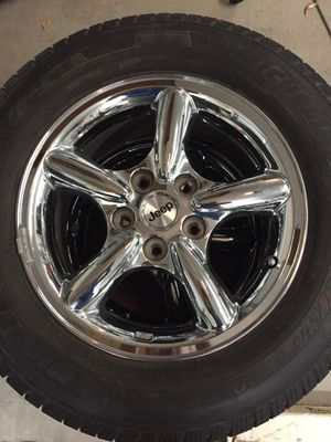 Jeep Grand Cherokee Overland Wheels and Tires for Sale in Avondale, AZ