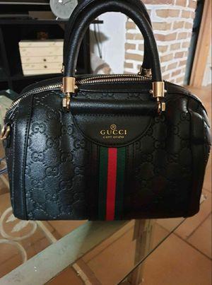 Gucci shoulder bag for Sale in Houston, TX