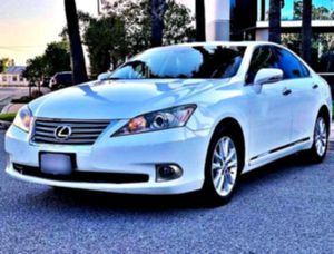 2O1O Lexus 3.5L V6 ES350 ☮ for Sale in Cedar Rapids, IA