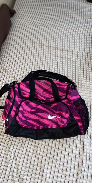 Nike duffel bag for Sale in Winter Garden, FL