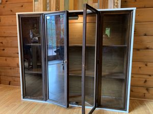 Lighted bookcase cabinet for Sale in Olympia, WA