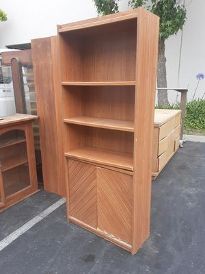 Cabinete with 2 shelves and doors with extra shelf size 30x71/ gabiente con rackas size 30x71 for Sale in San Diego, CA