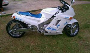 Zx1100 ninja for Sale in Alton, VA