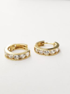 Clip on gold huggies with cubic zirconia for Sale in Santa Ana, CA