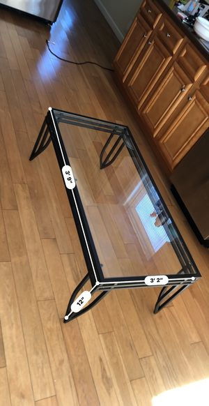 Living room Glass Table for Sale in Trenton, NJ